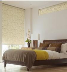 横長の採光窓につけるカーテン